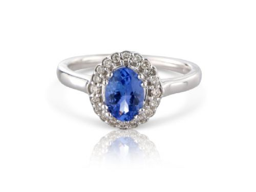 White gold Tanzanite and diamond oval cluster ring